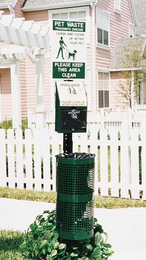Dog waste station