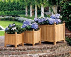 commercial wood planters