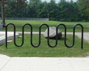 Wave bike parking rack