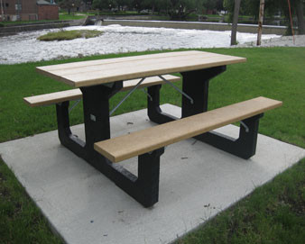 6-Ft. Recycled Plastic Walk-Thru Picnic Table