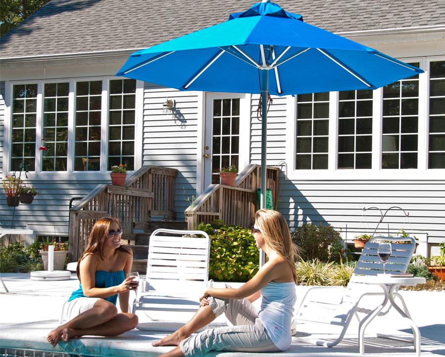 7.5' Diameter Aluminum Market Umbrella with 8-Panel Sunbrella® Cover