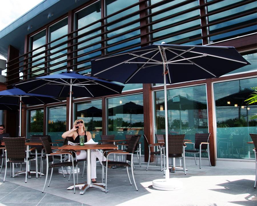 9' Diameter Aluminum Market Umbrella with 8-Panel Sunbrella® Cover
