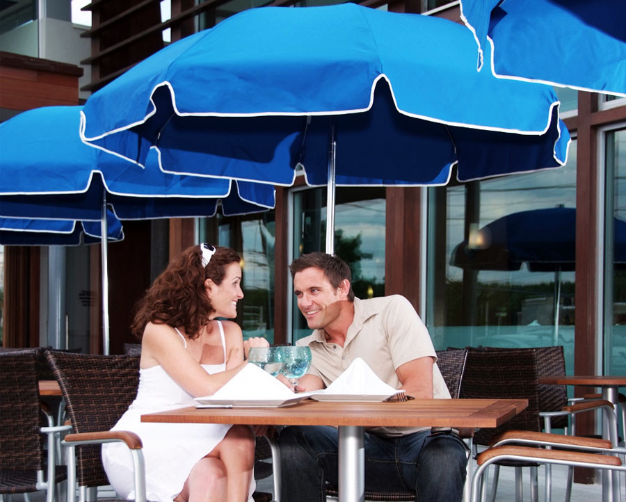 7.5' Diameter Steel Umbrella with 8-panel Sunbrella® Cover