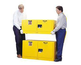 17 Gal Cabinet Man Yellow Flam Piggyback with Sure-Grip® Ex Handle