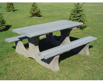 6' Picnic Table With Recycled Plastic Boards.